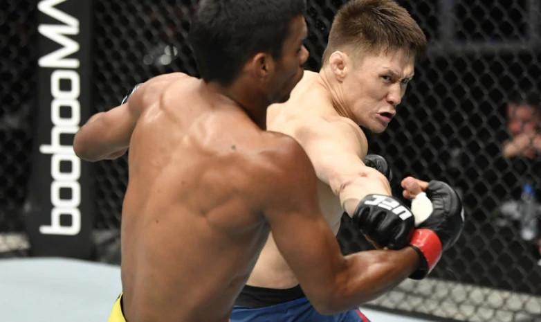 UFC отстранила Жумагулова от боев на 30 дней