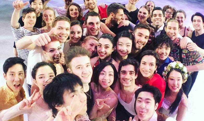 ФОТО. Фигуристы отпраздновали конец сезона